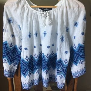 NWT beautiful Peasant shirt